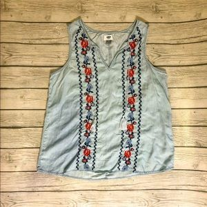 Old Navy chambray floral embroidered top-size M